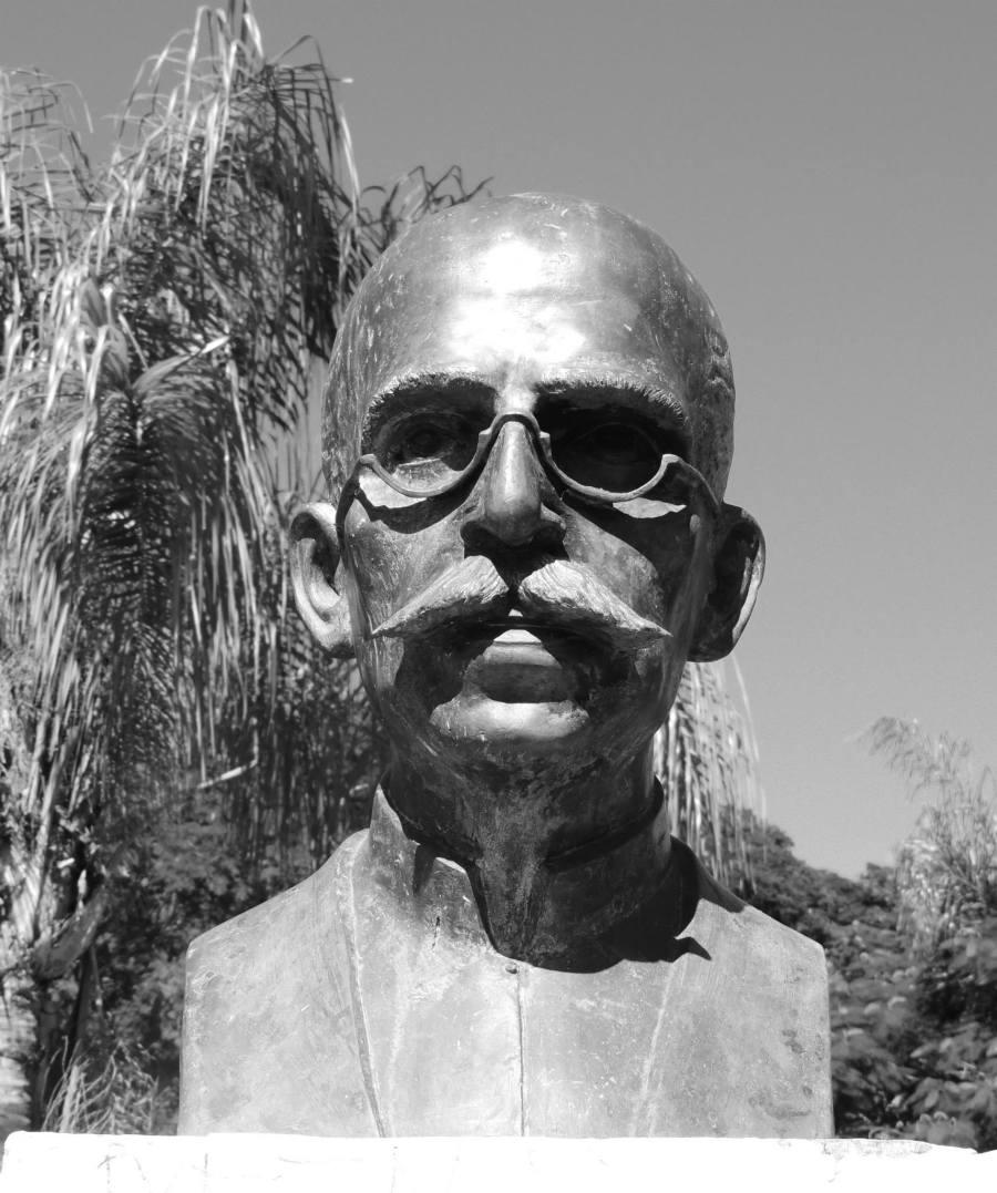 Monumento na Praça Ruy Barbosa em Bauru - SP - foto de Jaime Prado