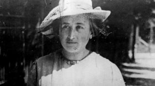Rosa Luxemburgo, filósofa, marxista, economista, política, líder, 1