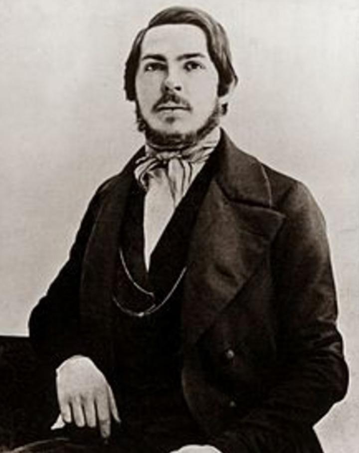 Engels, aos 25 anos, em 1845.