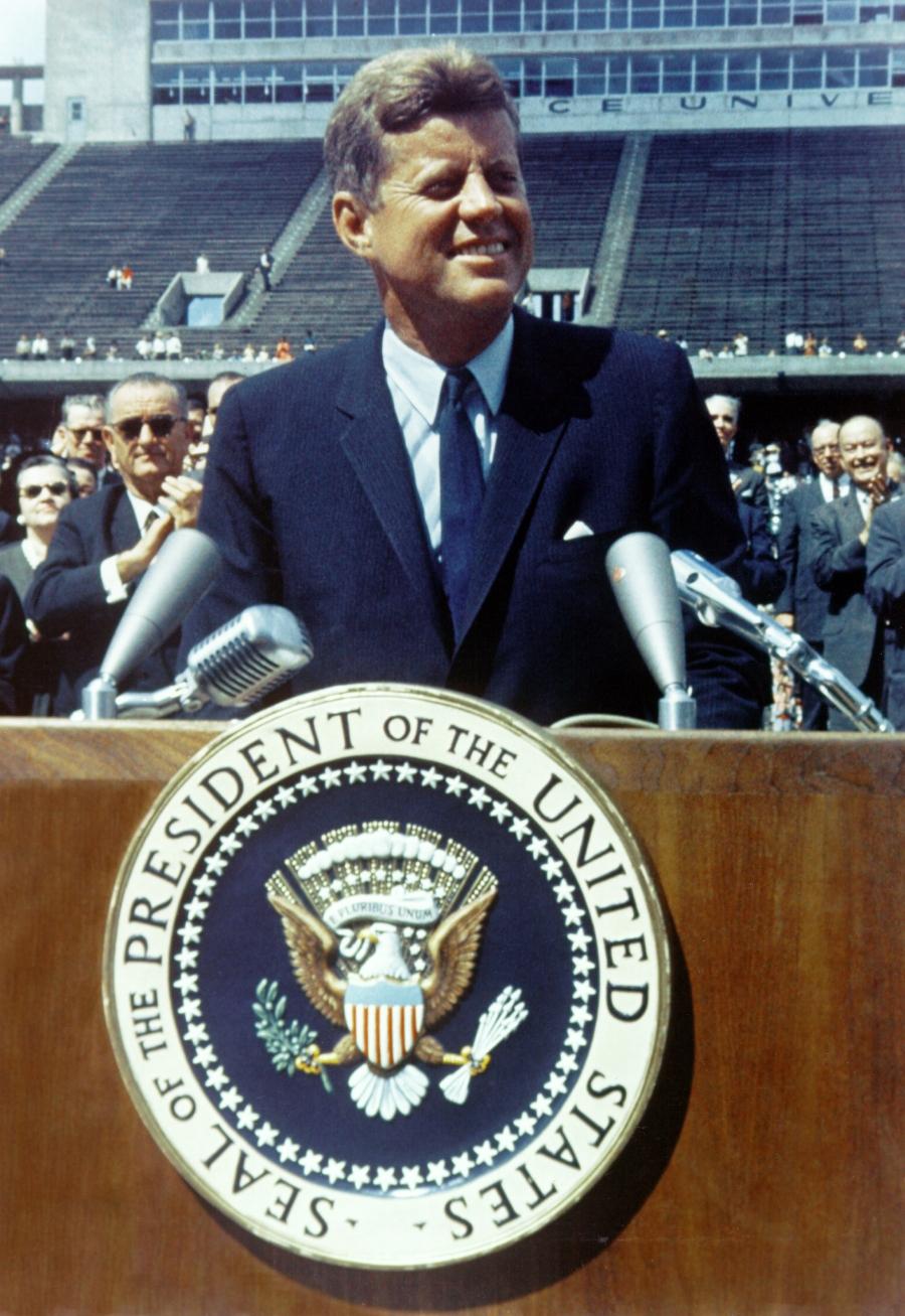Kennedy discursando na Universidade de Rice, em 12 de setembro de 1962